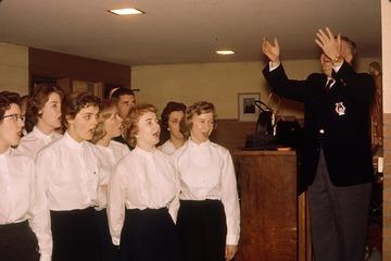 University of Detroit Chorus Collection: Tawas