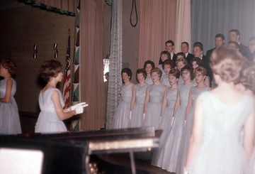 University of Detroit Chorus Collection: Warren High School Rehearsal