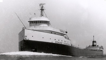 Fr. Edward J. Dowling, S.J. Marine Historical Collection: Edmund Fitzgerald - Port side bow, fully loaded, underway.