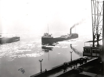 Fr. Edward J. Dowling, S.J. Marine Historical Collection: Onoko - entering Duluth Ship Canal, early spring or late fall - about 1910, McKenzie photo from Kenneth Thro Collection