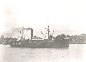 Fr. Edward J. Dowling, S.J. Marine Historical Collection: Dronning Maud